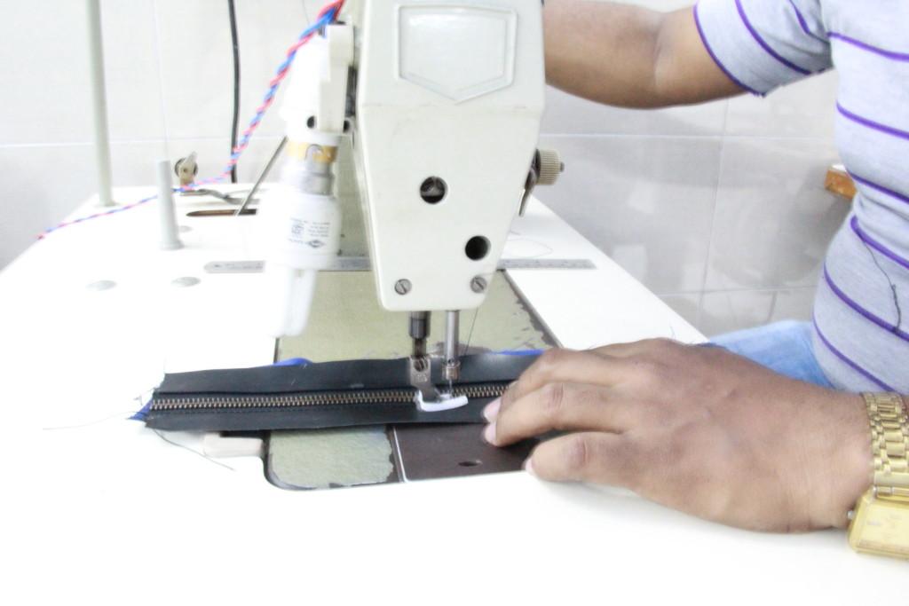 stitching the YKK zipper