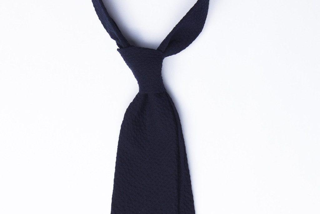 Vanda Fine Clothing tie